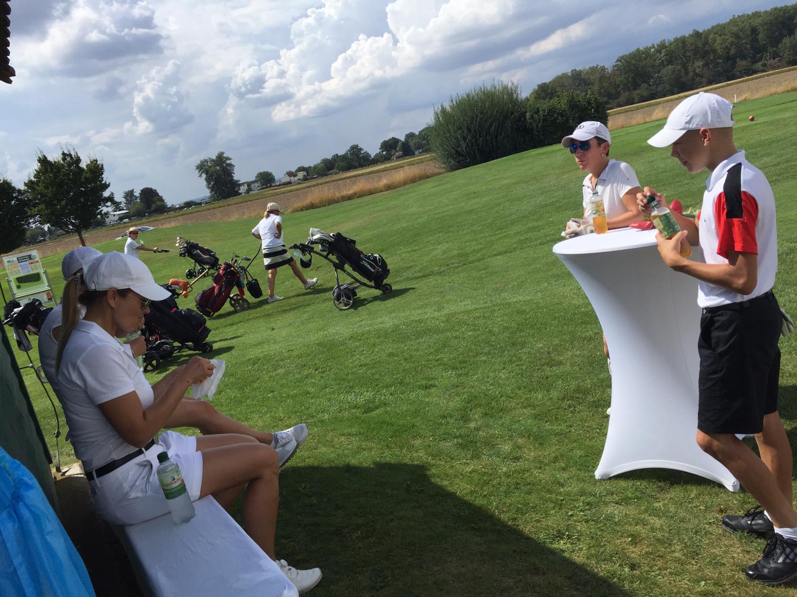 12_Golfturnier_Soroptimist_Golf_en_blanc