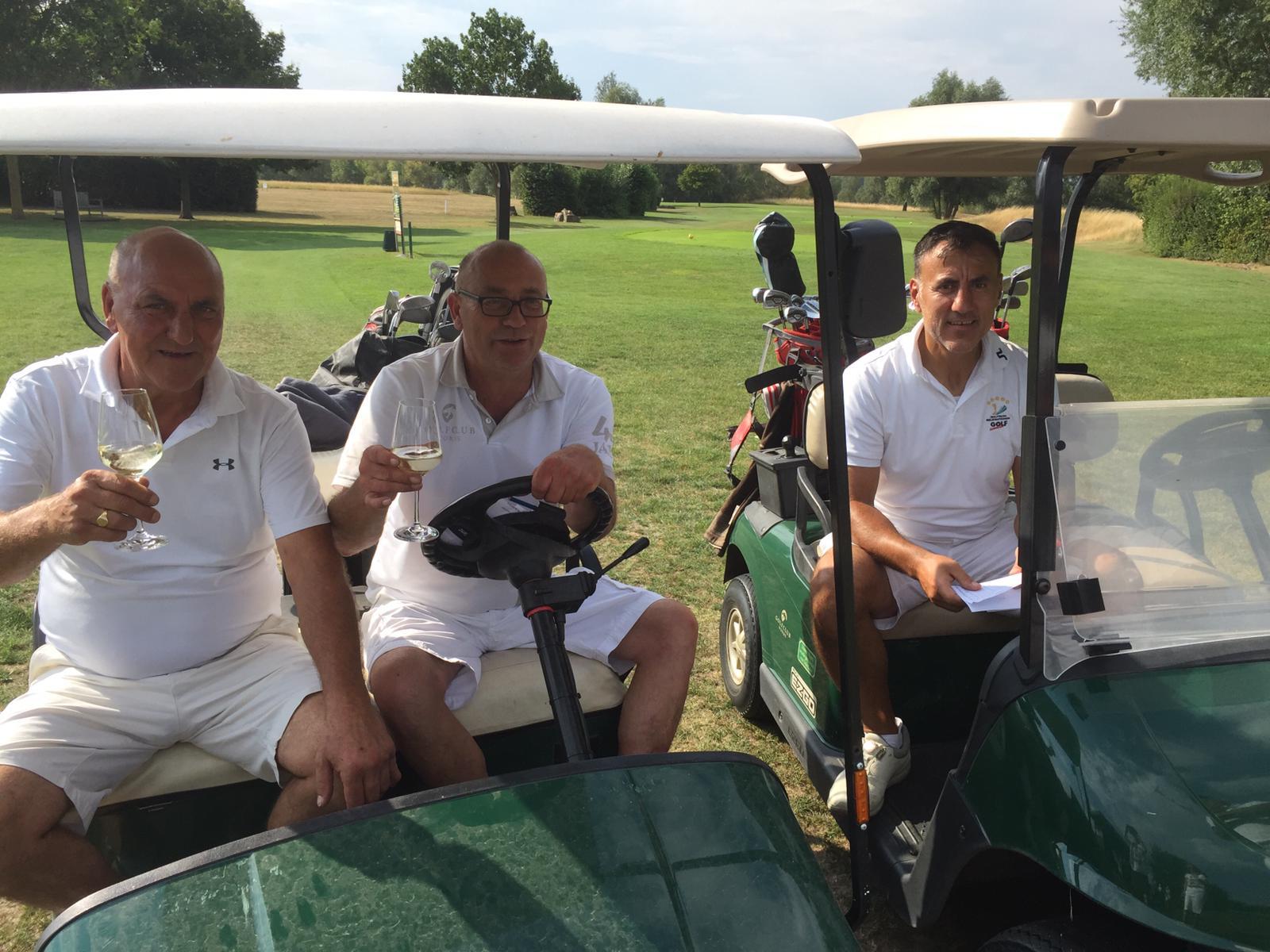 34_Golfturnier_Soroptimist_Golf_en_blanc