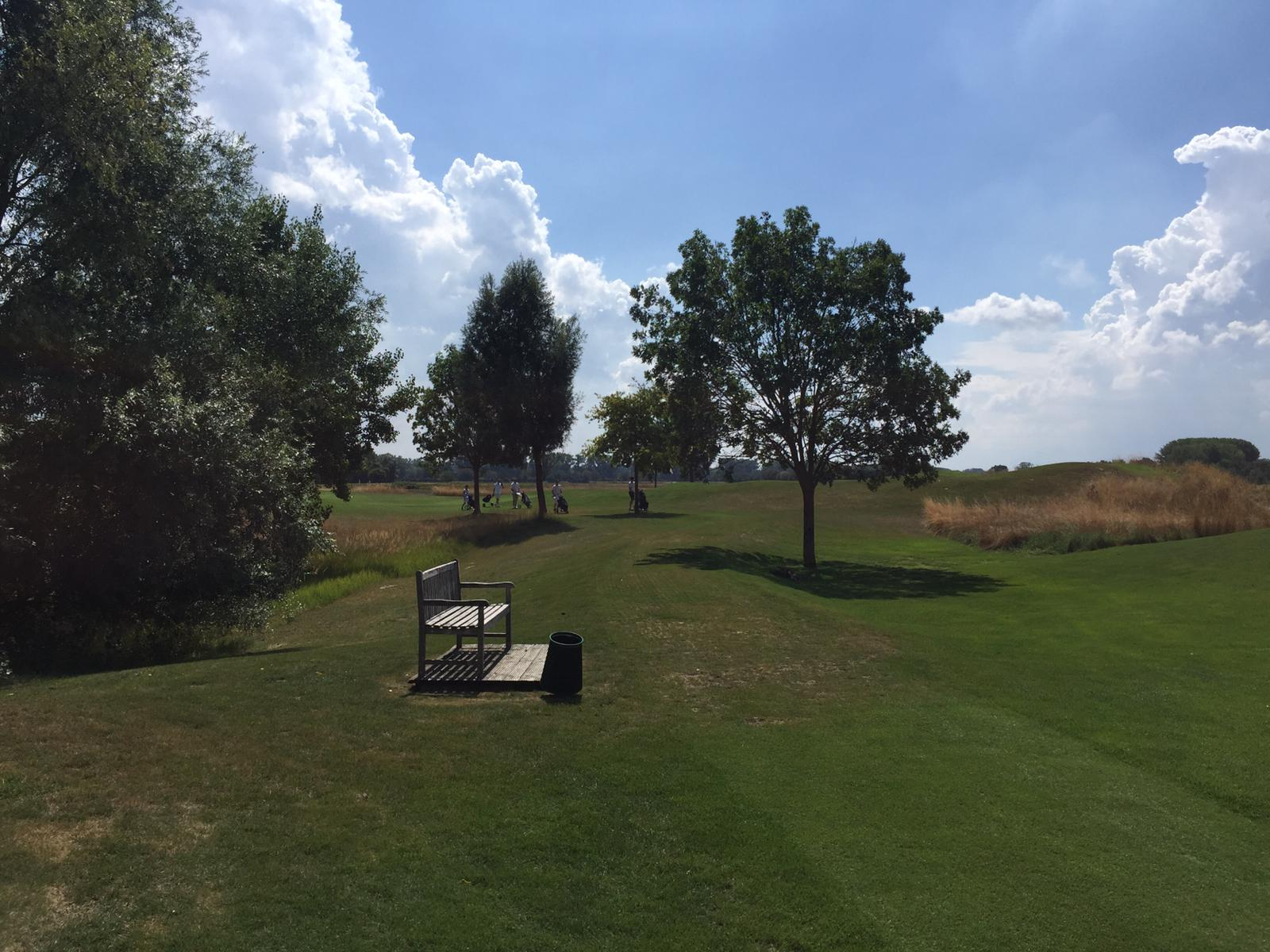 4_Golfturnier_Soroptimist_Golf_en_blanc