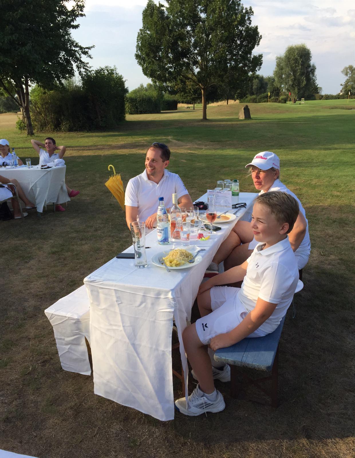65_Golfturnier_Soroptimist_Golf_en_blanc
